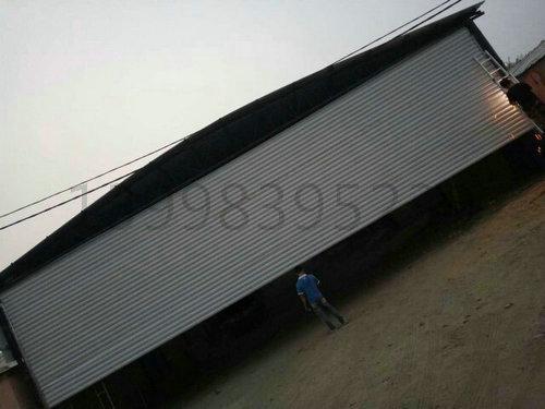 皇姑区,向工街朝鲜一中宽1500米高5米抗风卷帘门,总共75平米